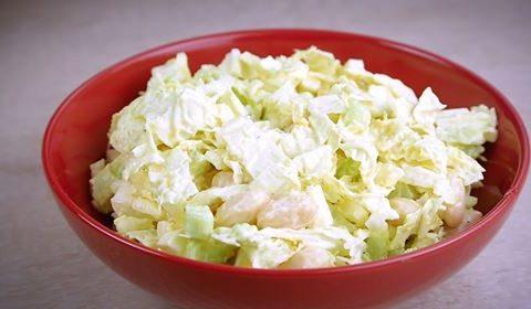 Салат с капустой и фасолью