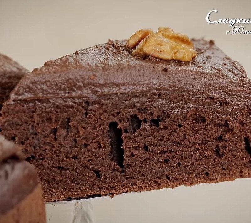 Шоколадный пирог с бананом