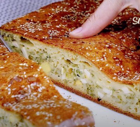 Пирог с зеленью и яйцами