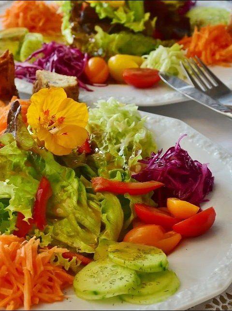 Самые вкусные салаты за пять минут